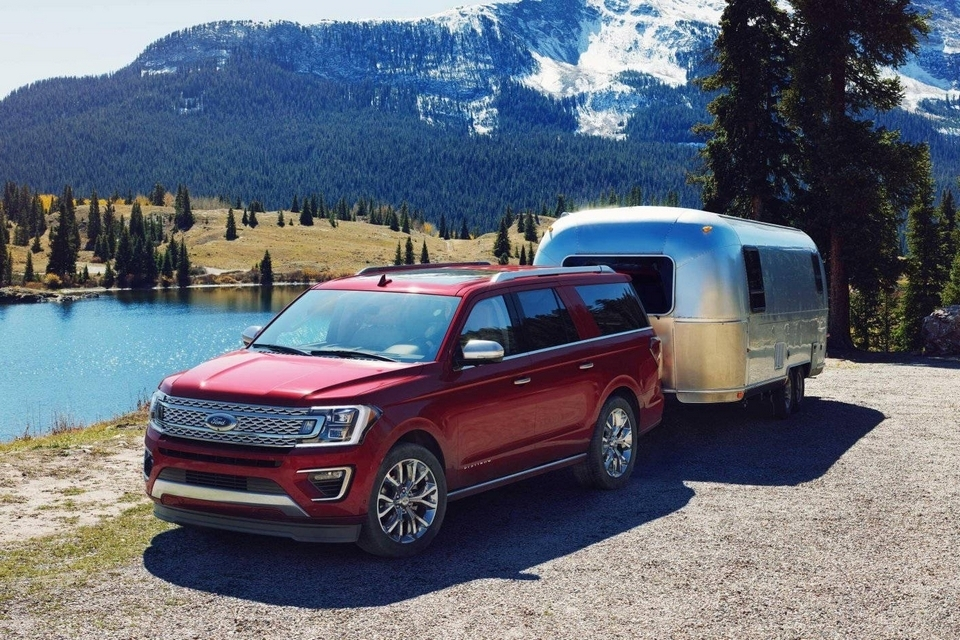 2018-ford-expedition-0